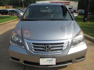 GREEN Honda Odyssey image number 1
