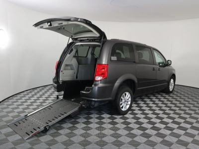 Commercial Wheelchair Vans for Sale - 2016 Dodge Grand Caravan SXT ADA Compliant Vehicle VIN: 2C4RDGCG2GR330820
