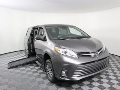 New Wheelchair Van for Sale - 2020 Toyota Sienna XLE Wheelchair Accessible Van VIN: 5TDYZ3DC5LS022916