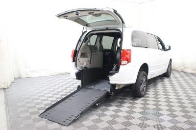 Commercial Wheelchair Vans for Sale - 2017 Dodge Grand Caravan SXT ADA Compliant Vehicle VIN: 2C4RDGCG9HR845329