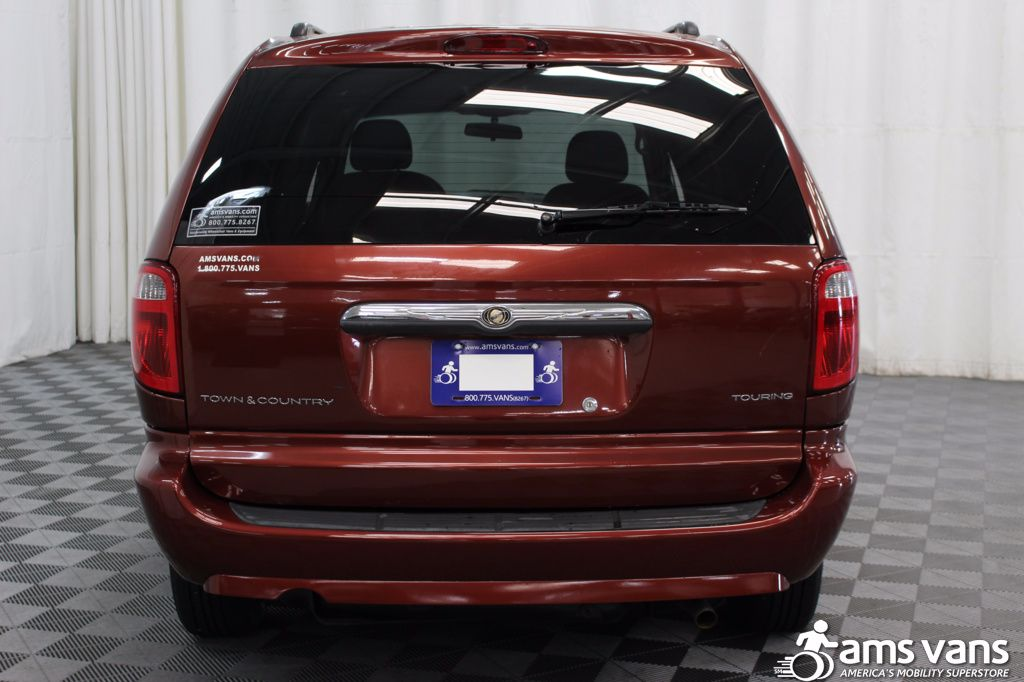 2007 Chrysler Town and Country Touring Wheelchair Van For Sale #12