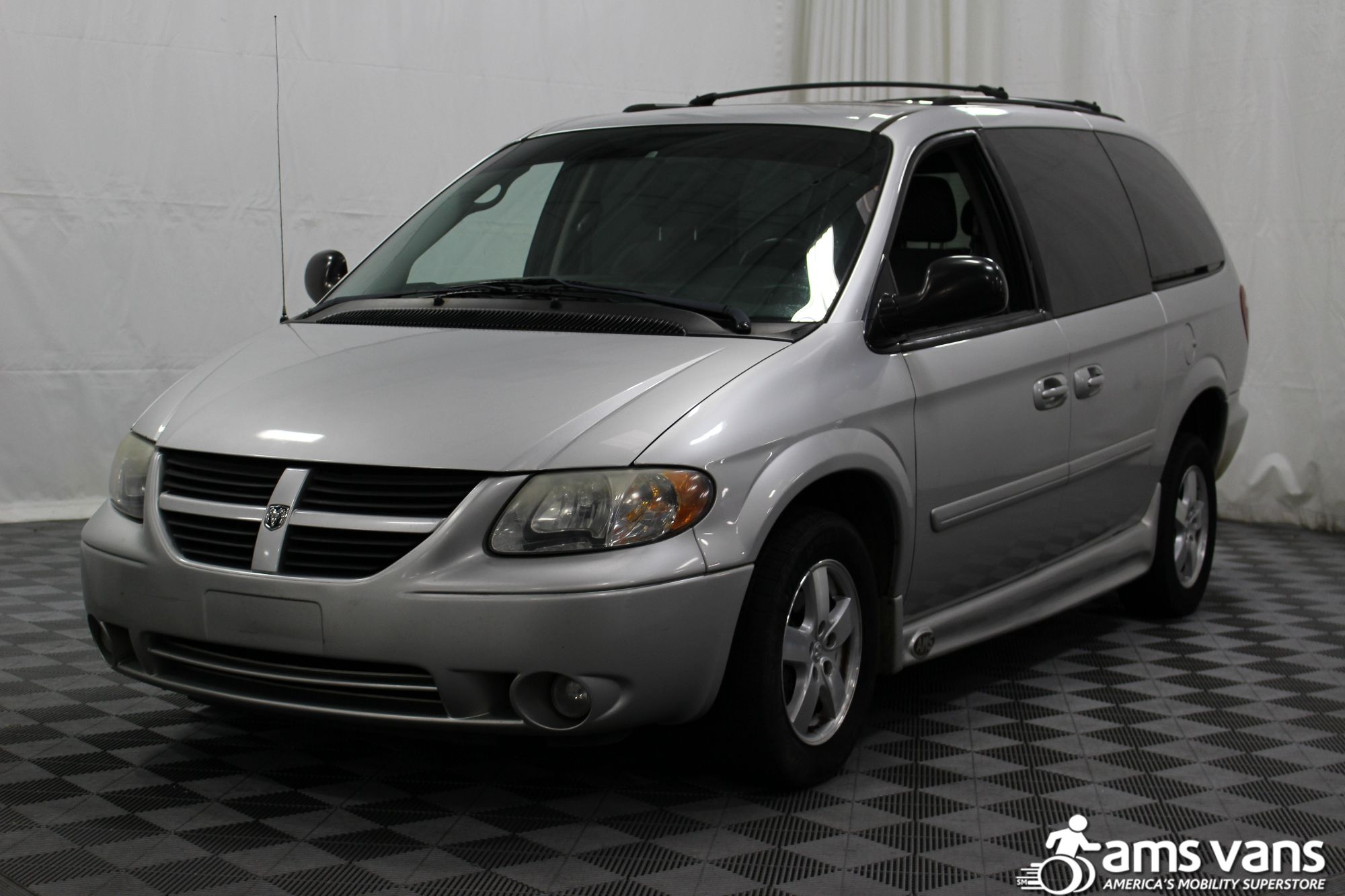 2007 Dodge Grand Caravan SXT Wheelchair Van For Sale #7