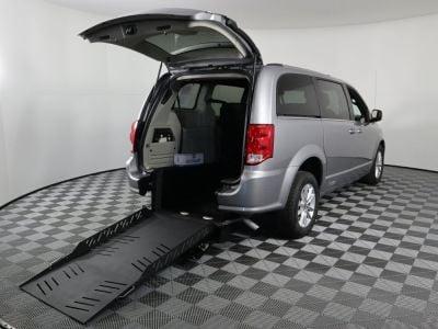 Commercial Wheelchair Vans for Sale - 2019 Dodge Grand Caravan SXT ADA Compliant Vehicle VIN: 2C4RDGCG1KR775333