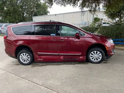 Handicap Van for Sale - 2018 Chrysler Pacifica Touring L Wheelchair Accessible Van VIN: 2C4RC1BG0JR120077