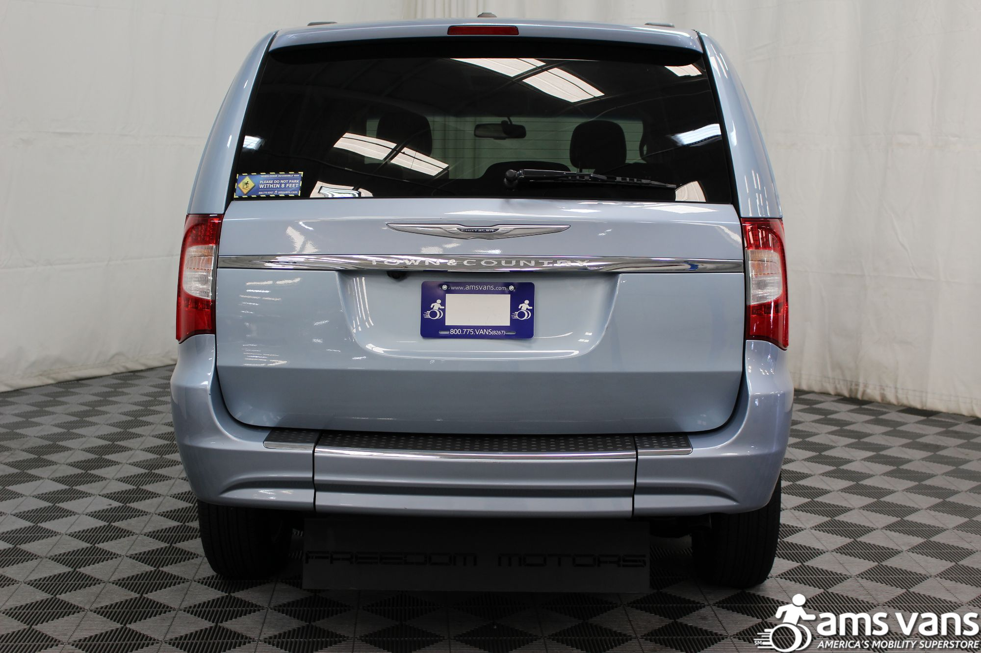 2013 Chrysler Town and Country Touring Wheelchair Van For Sale #12