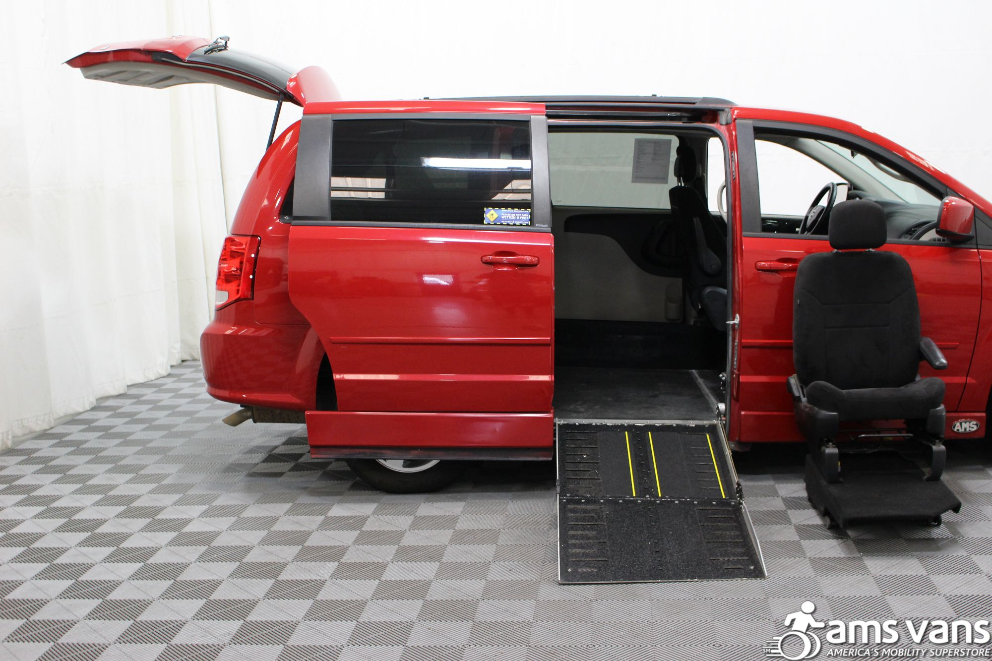 2012 Dodge Grand Caravan SXT Wheelchair Van For Sale #9