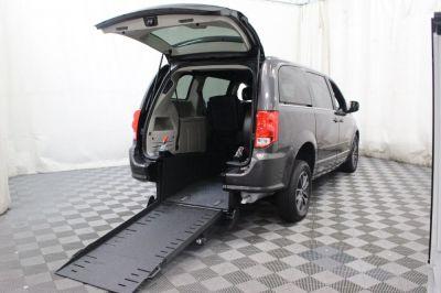 Commercial Wheelchair Vans for Sale - 2017 Dodge Grand Caravan SXT ADA Compliant Vehicle VIN: 2C4RDGCG6HR690996