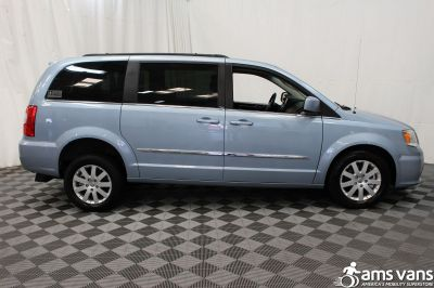 2013 Chrysler Town and Country Wheelchair Van For Sale -- Thumb #10