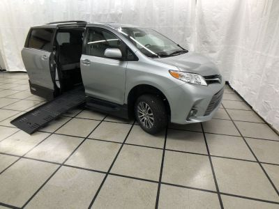 New Wheelchair Van for Sale - 2020 Toyota Sienna XLE Wheelchair Accessible Van VIN: 5TDYZ3DC3LS037043