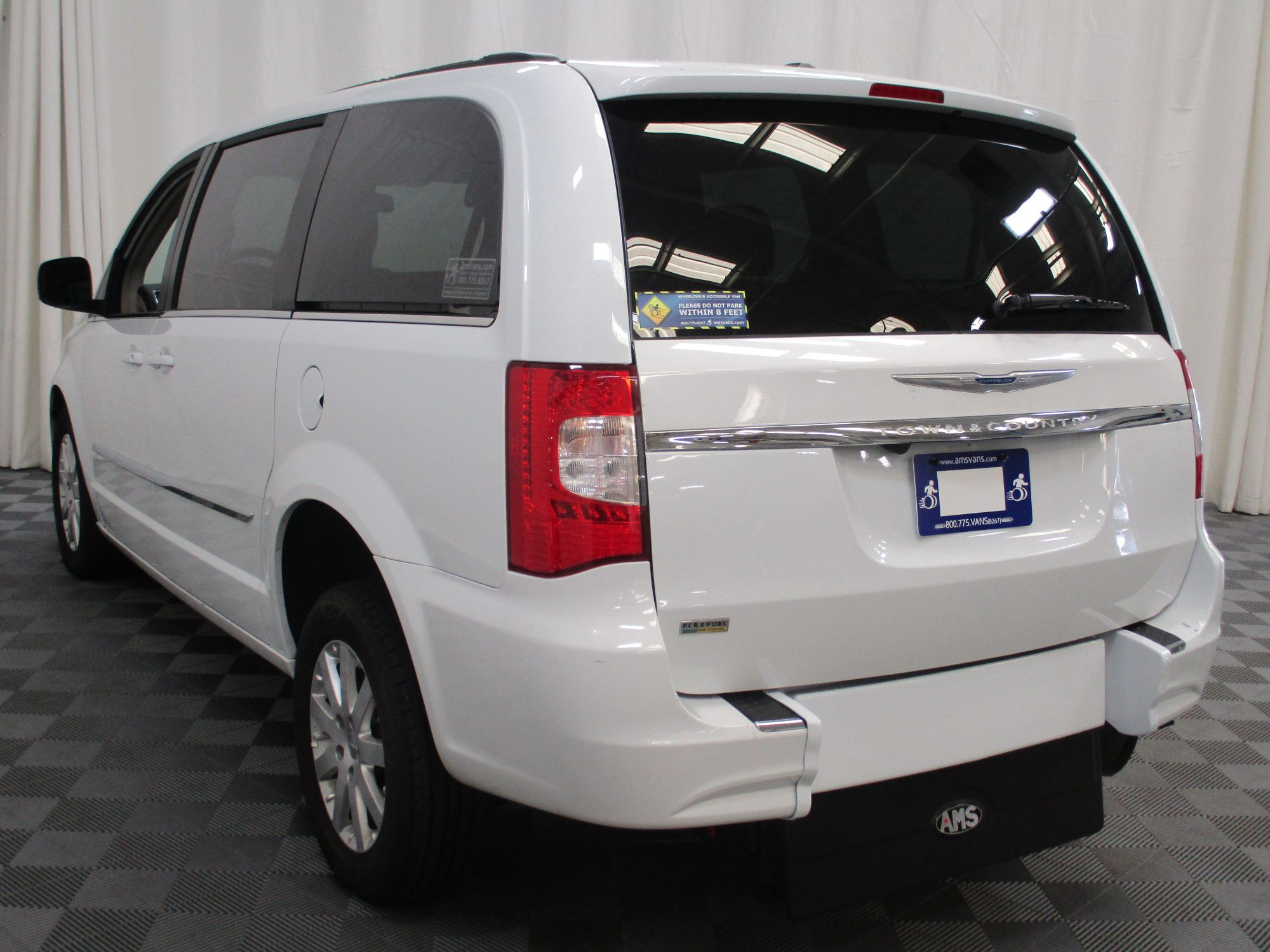 2015 Chrysler Town and Country Touring Wheelchair Van For Sale #14
