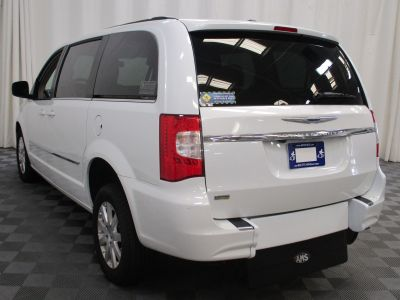 2015 Chrysler Town and Country Wheelchair Van For Sale -- Thumb #14