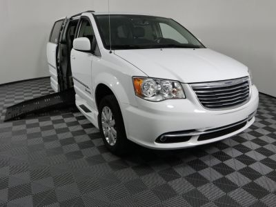 Handicap Van for Sale - 2016 Chrysler Town & Country Touring Wheelchair Accessible Van VIN: 2C4RC1BG4GR118468