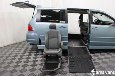 2010 Volkswagen Routan Wheelchair Van For Sale -- Thumb #9