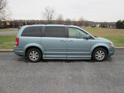 Blue Chrysler Town and Country image number 7