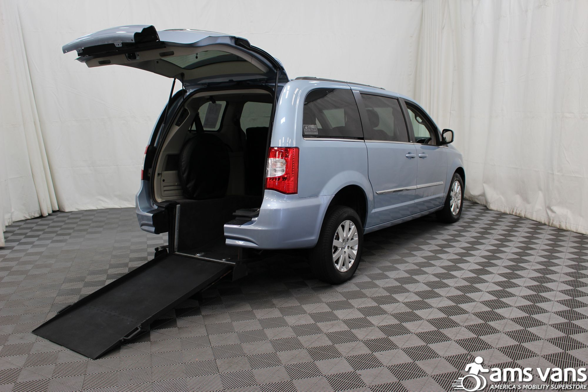 2013 Chrysler Town and Country Touring Wheelchair Van For Sale #1