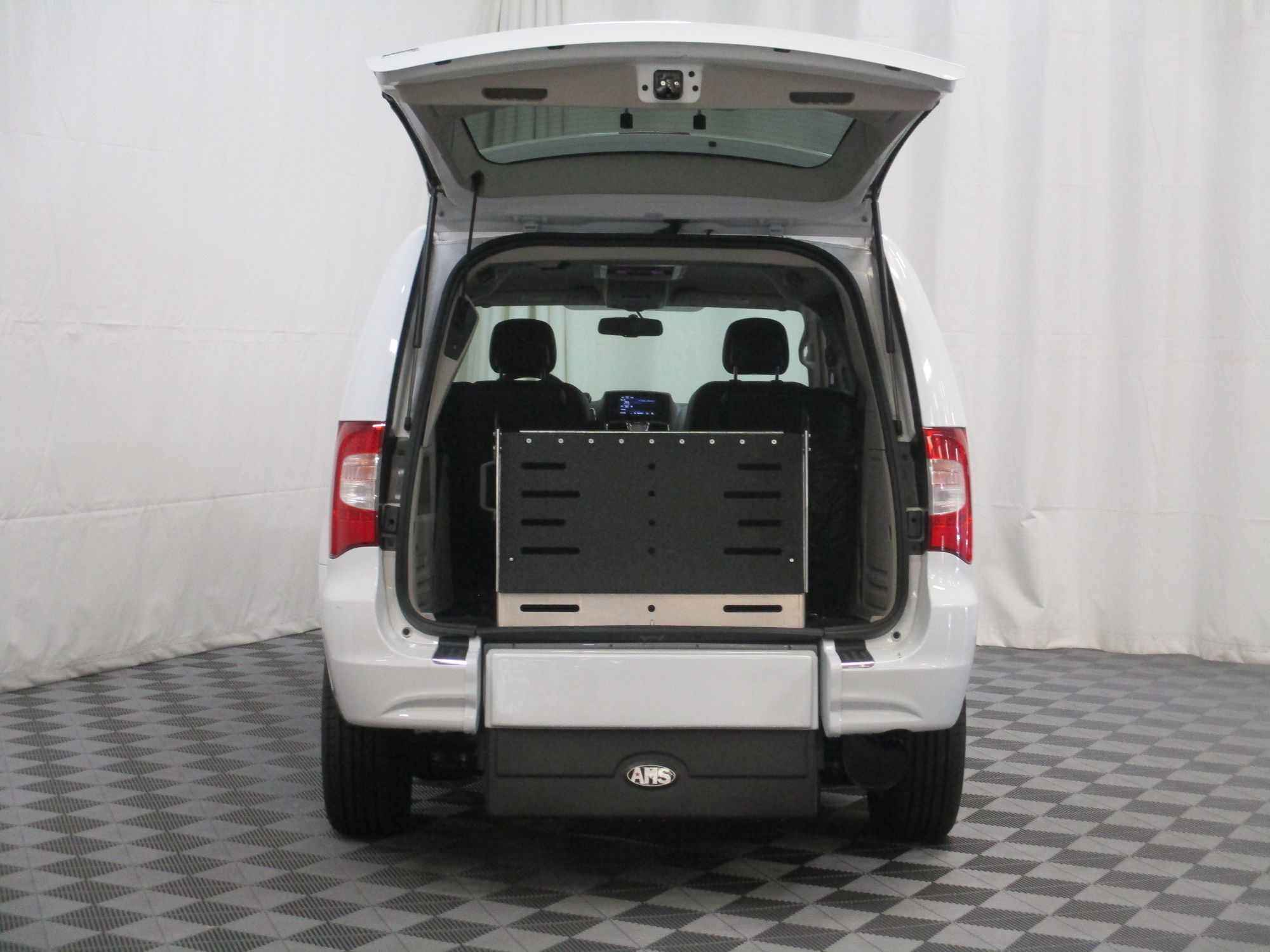 2015 Chrysler Town and Country Touring Wheelchair Van For Sale #7