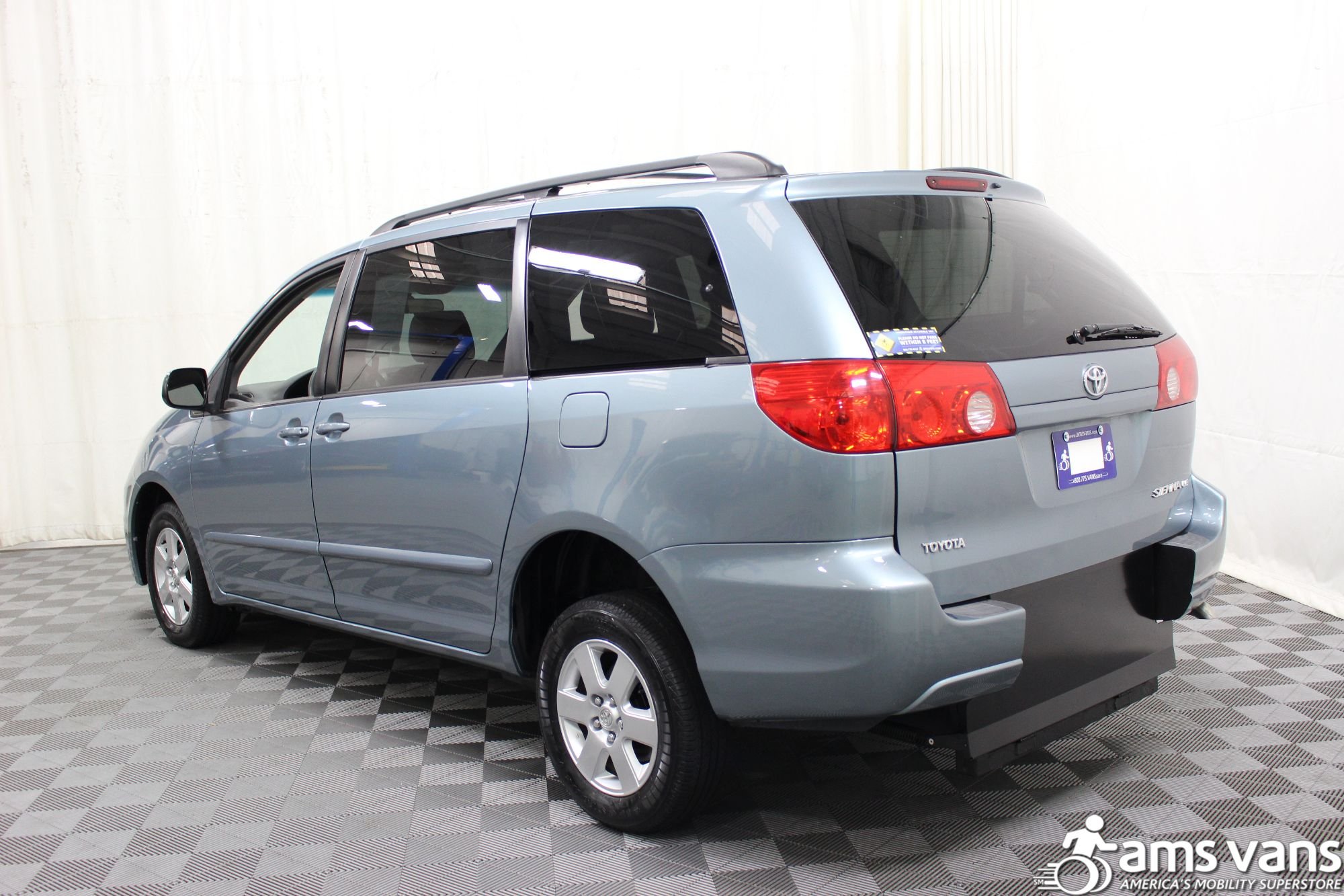 2006 Toyota Sienna LE Wheelchair Van For Sale #13