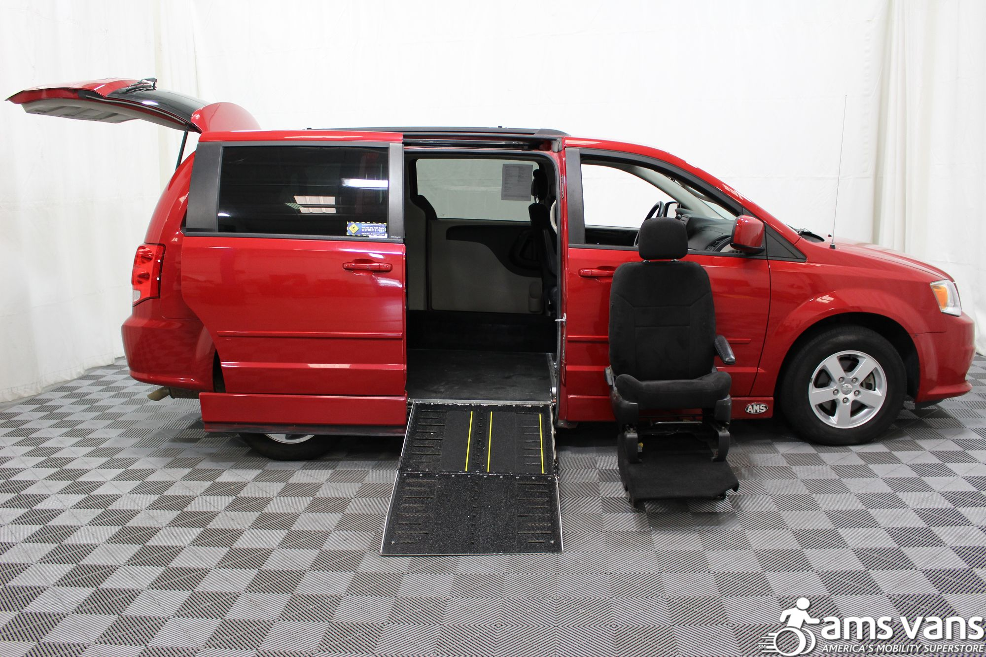 2012 Dodge Grand Caravan SXT Wheelchair Van For Sale #8