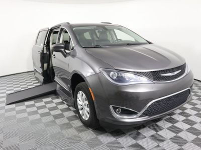Used Wheelchair Van for Sale - 2018 Chrysler Pacifica Touring L Wheelchair Accessible Van VIN: 2C4RC1BG6JR110458