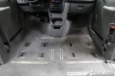 2004 Dodge Grand Caravan Wheelchair Van For Sale -- Thumb #9