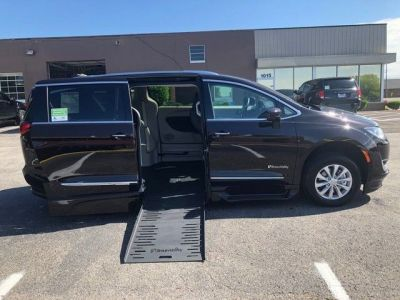 Brown Chrysler Pacifica with Side Entry Automatic Fold Out ramp