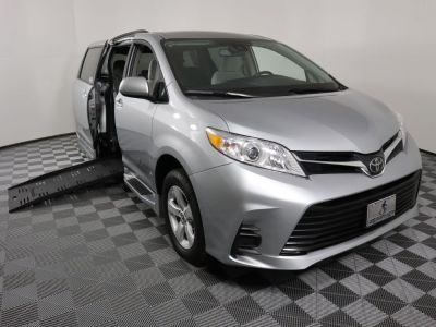 Used Wheelchair Van for Sale - 2019 Toyota Sienna LE Wheelchair Accessible Van VIN: 5TDKZ3DC6KS991130