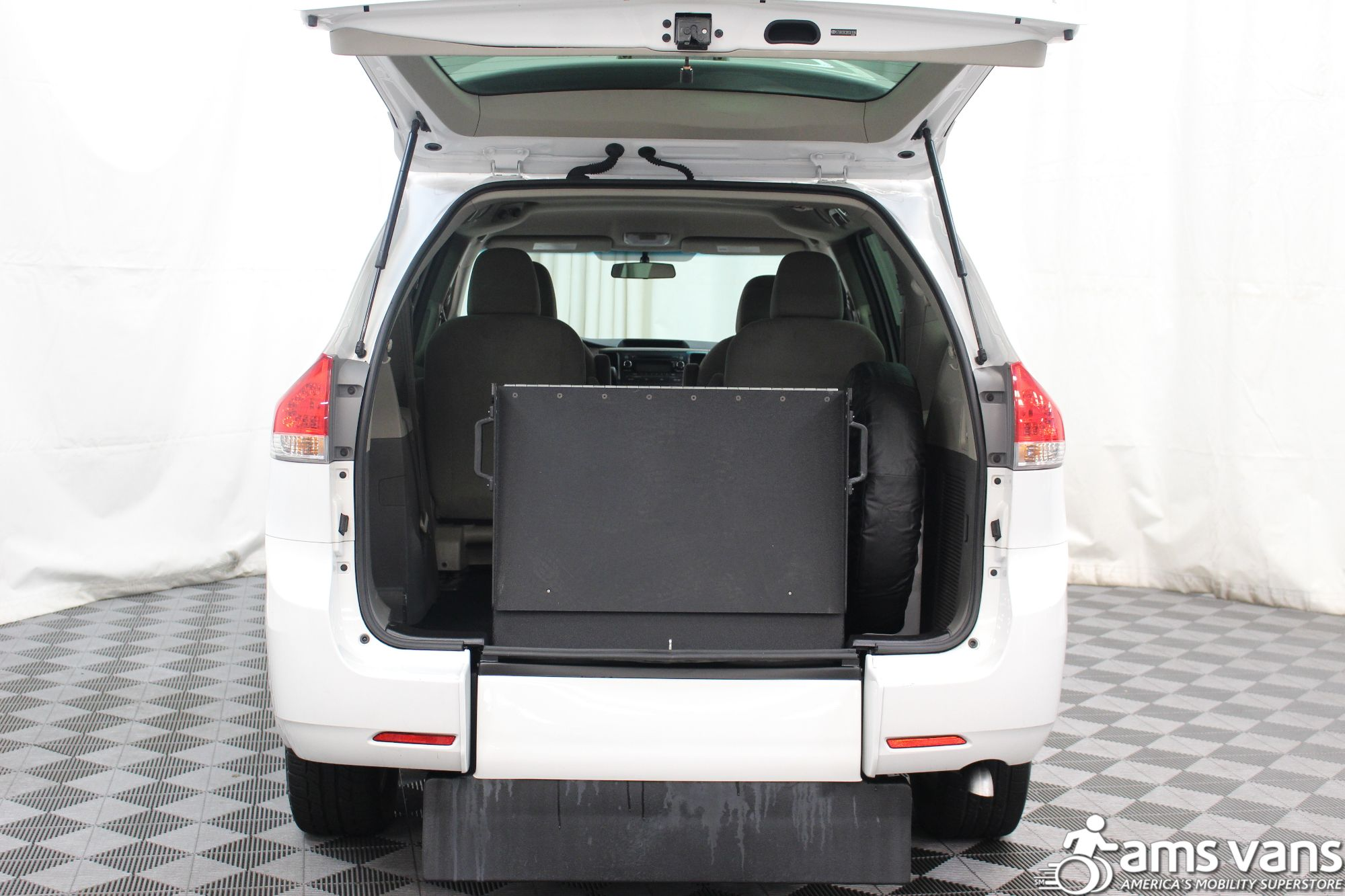 2013 Toyota Sienna L Wheelchair Van For Sale #5