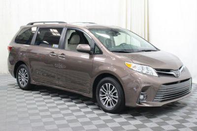 Commercial Wheelchair Vans for Sale - 2019 Toyota Sienna XLE ADA Compliant Vehicle VIN: 5TDYZ3DC5KS986141