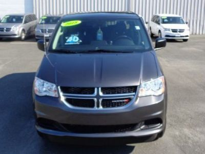 GRANITE CRYSTAL Dodge Grand Caravan image number 1