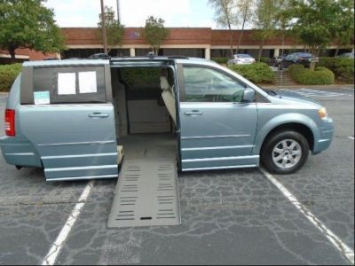 BLUE Chrysler Town and Country image number 0