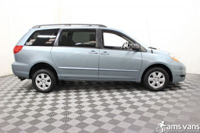 2006 Toyota Sienna Wheelchair Van For Sale -- Thumb #10