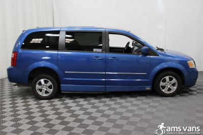 2008 Dodge Grand Caravan Wheelchair Van For Sale -- Thumb #2
