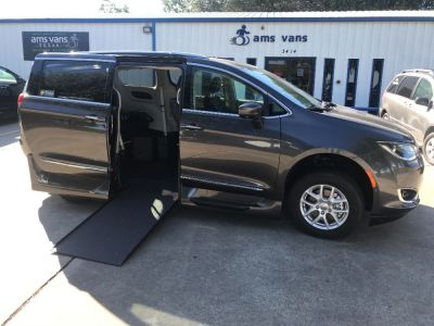 New Wheelchair Van for Sale - 2020 Chrysler Pacifica TOURING-L Wheelchair Accessible Van VIN: 2C4RC1BG6LR173465