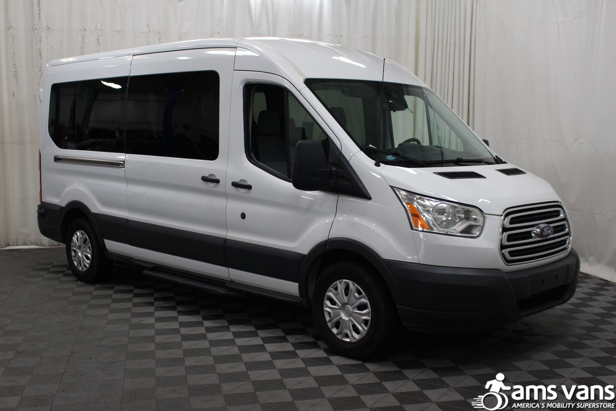 2015 Ford Transit Wagon 350 XLT Wheelchair Van For Sale 1