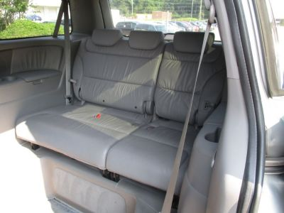 GREEN Honda Odyssey image number 17