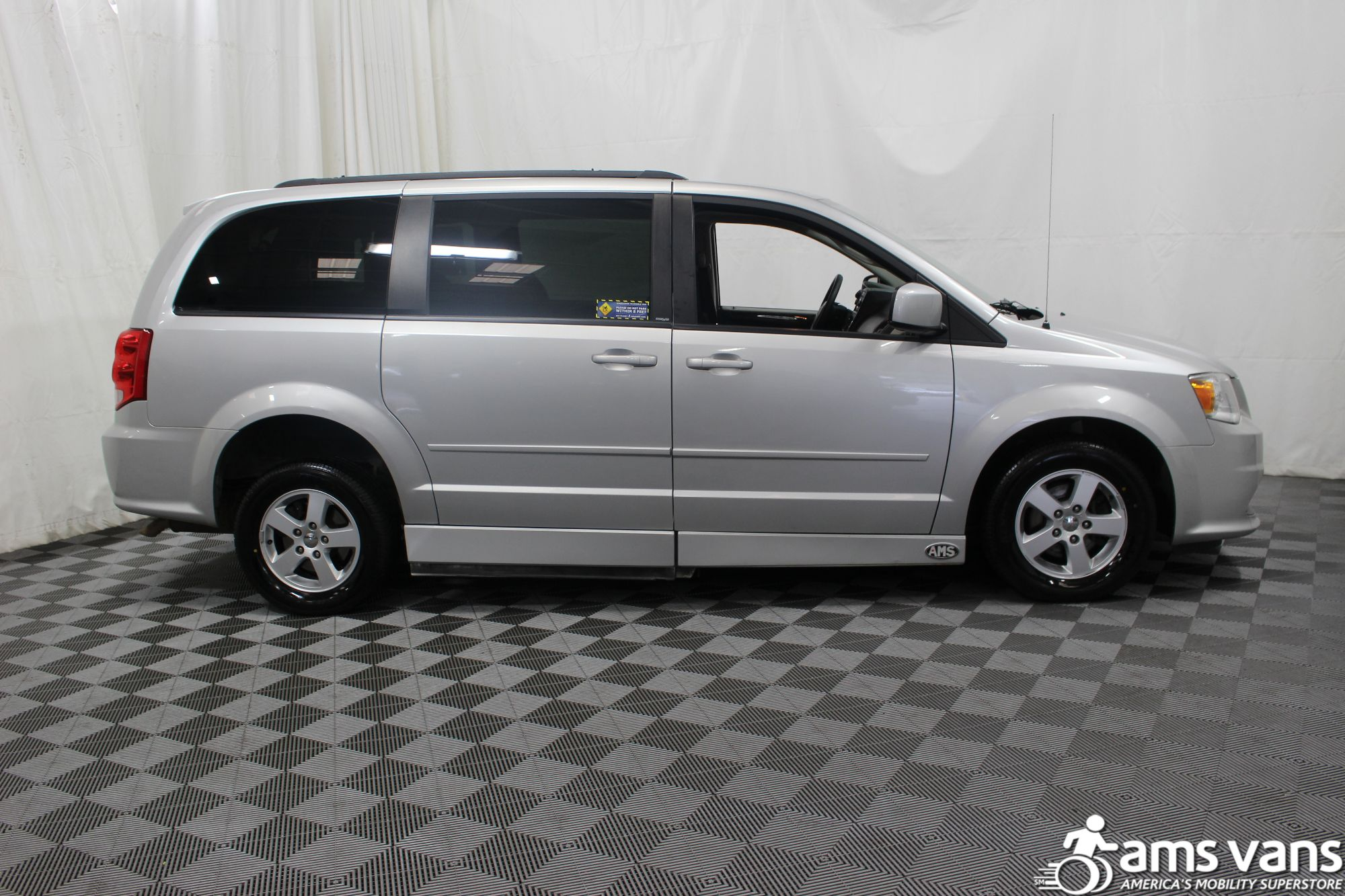 2011 Dodge Grand Caravan Mainstreet Wheelchair Van For Sale #8