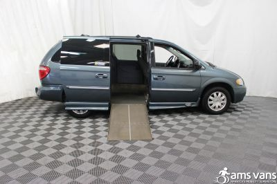 2005 Chrysler Town and Country Wheelchair Van For Sale -- Thumb #2