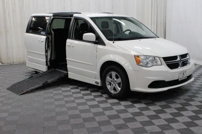 Used Wheelchair Van for Sale - 2013 Dodge Grand Caravan SXT Wheelchair Accessible Van VIN: 2C4RDGCG7DR575169