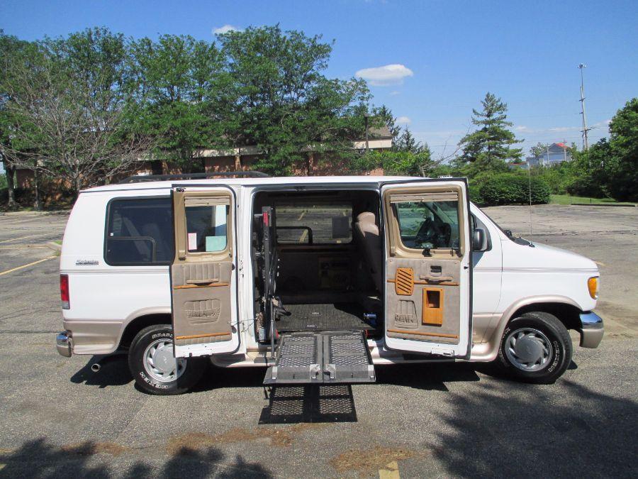 2000 Ford E-Series Cargo