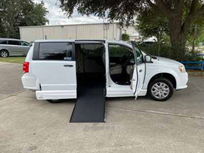 Handicap Van for Sale - 2019 Dodge Grand Caravan SE Wheelchair Accessible Van VIN: 2C7WDGBG5KR784446