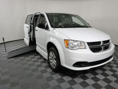 Handicap Van for Sale - 2019 Dodge Grand Caravan SE Wheelchair Accessible Van VIN: 2C7WDGBG3KR784428