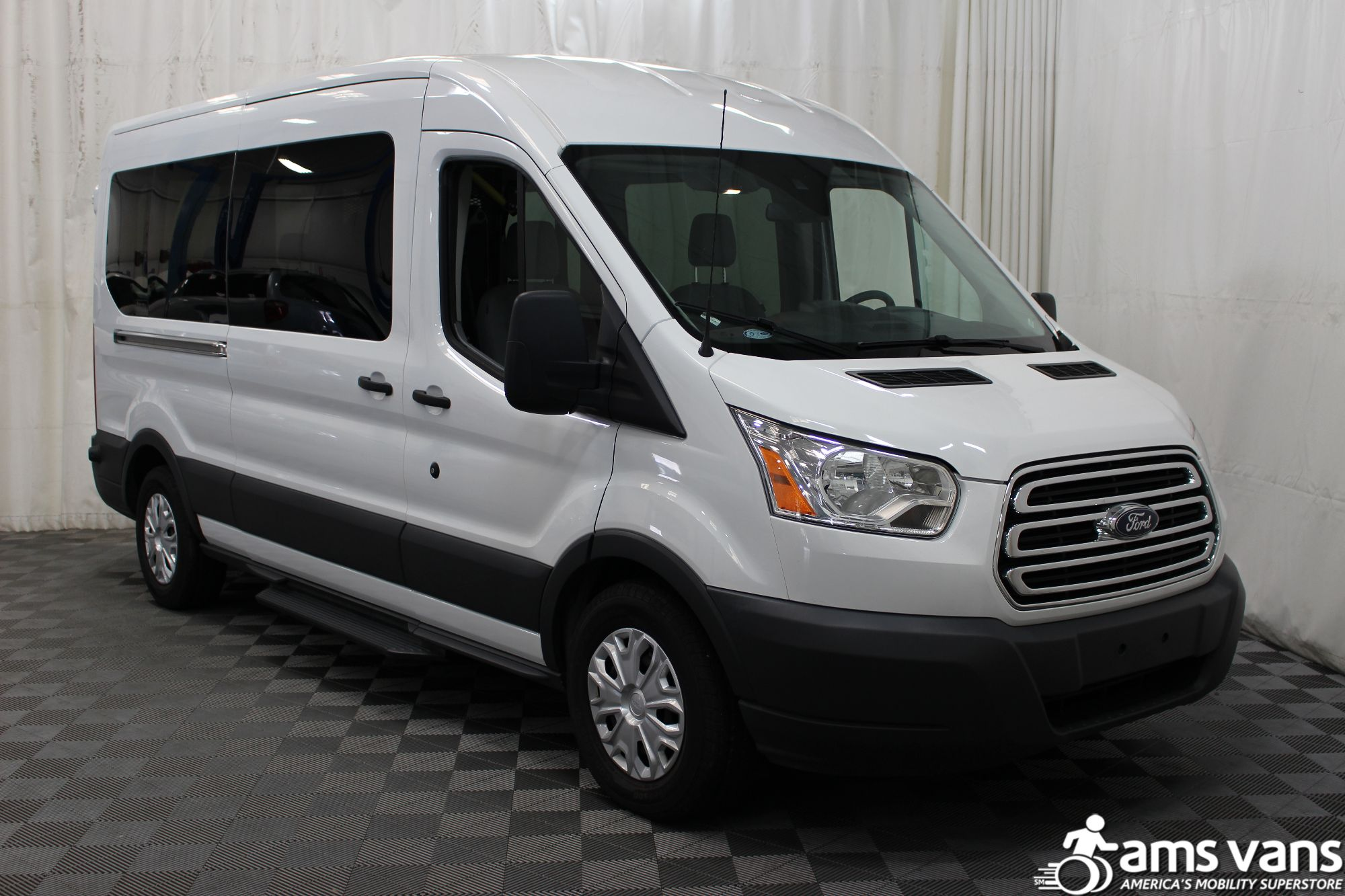 Florida handicap vans fl wheelchair vans for sale used for Wheelchair accessible homes for sale in florida