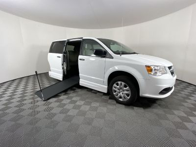 Handicap Van for Sale - 2019 Dodge Grand Caravan SE GOV-SE Wheelchair Accessible Van VIN: 2C7WDGBG3KR784414