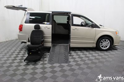 Used 2014 Dodge Grand Caravan SXT Wheelchair Van