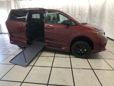 New Wheelchair Van for Sale - 2020 Toyota Sienna SE NAV Nightshade Wheelchair Accessible Van VIN: 5TDXZ3DC1LS027610