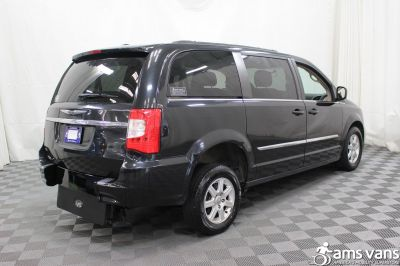 2011 Chrysler Town and Country Wheelchair Van For Sale -- Thumb #10