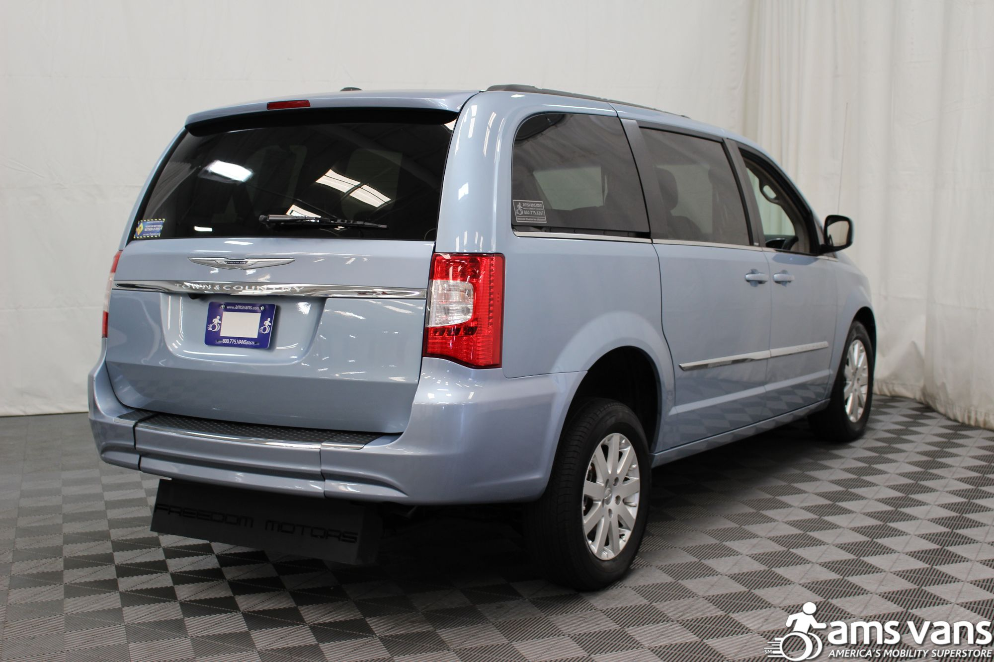 2013 Chrysler Town and Country Touring Wheelchair Van For Sale #11