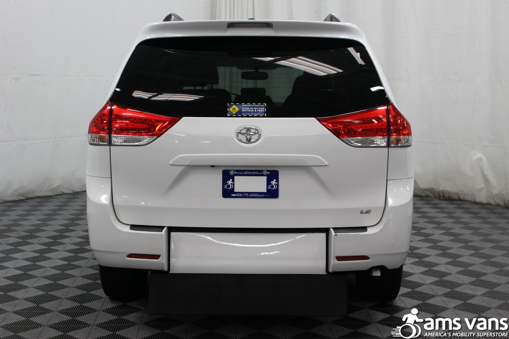 2011 Toyota Sienna LE Wheelchair Van For Sale #11