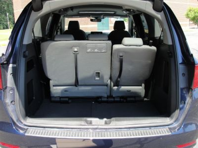 Blue Honda Odyssey image number 18