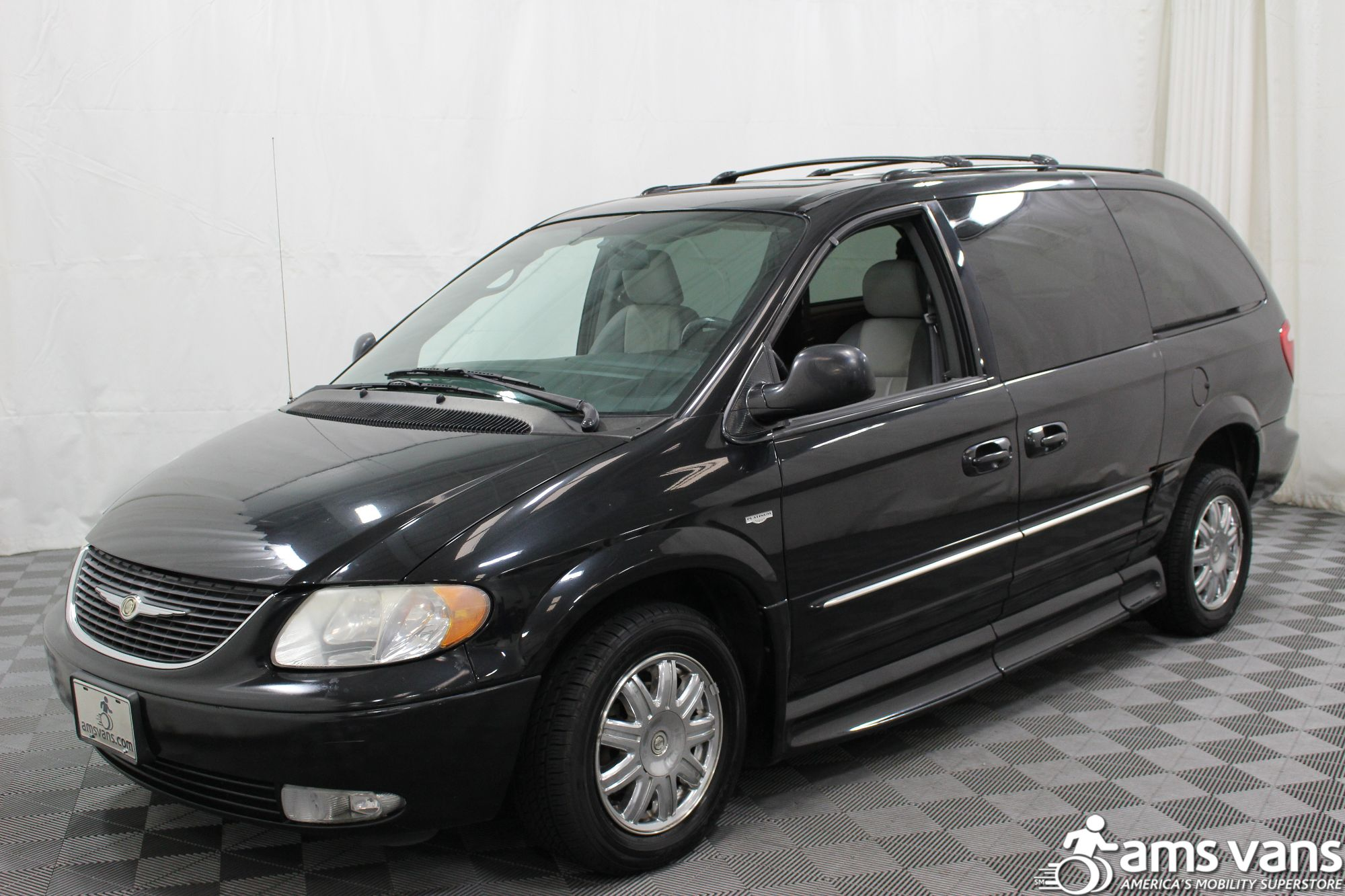 2004 Chrysler Town and Country Touring Wheelchair Van For Sale #20
